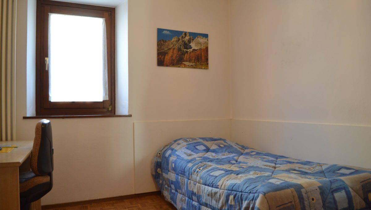 Lugano Sezione Sonvico Casa Bifamiliare con 2 Appartamenti ...